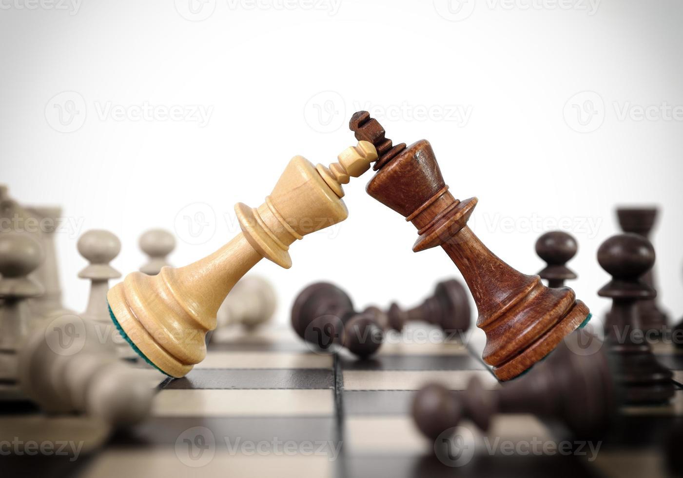 reyes duelo de ajedrez foto