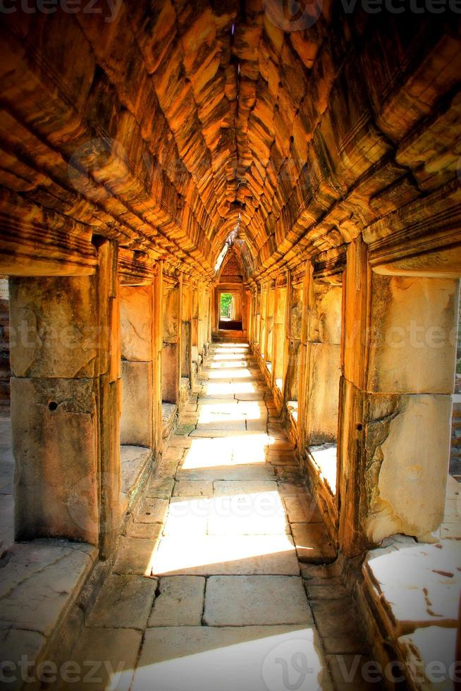 arcos en el angkor foto