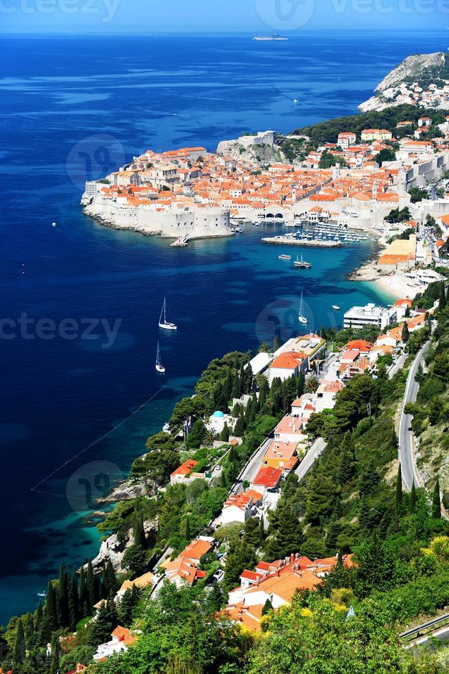 Vista aérea de Dubrovnik, Croacia foto