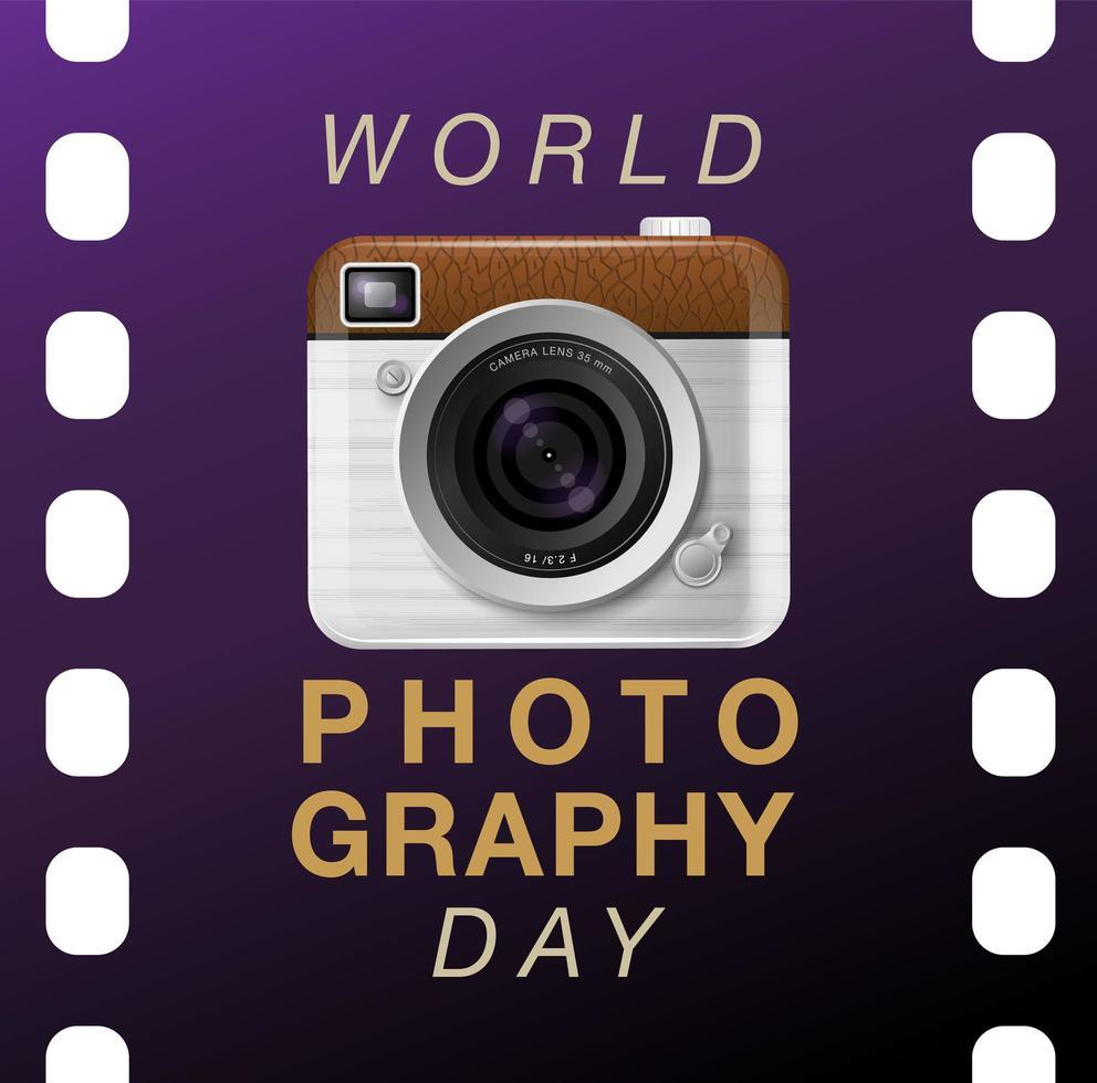 poster della giornata mondiale della fotografia con fotocamera sulla pellicola vettore