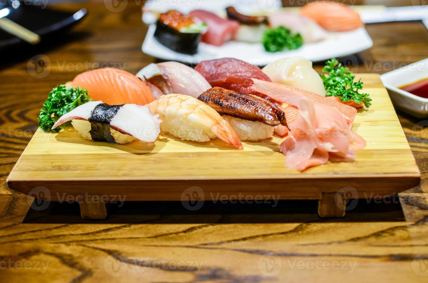 sushi, comida japonesa foto