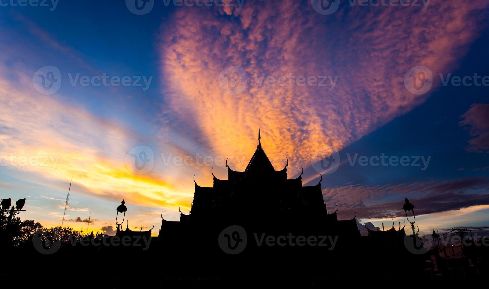 sunset at benjamabopit temple photo