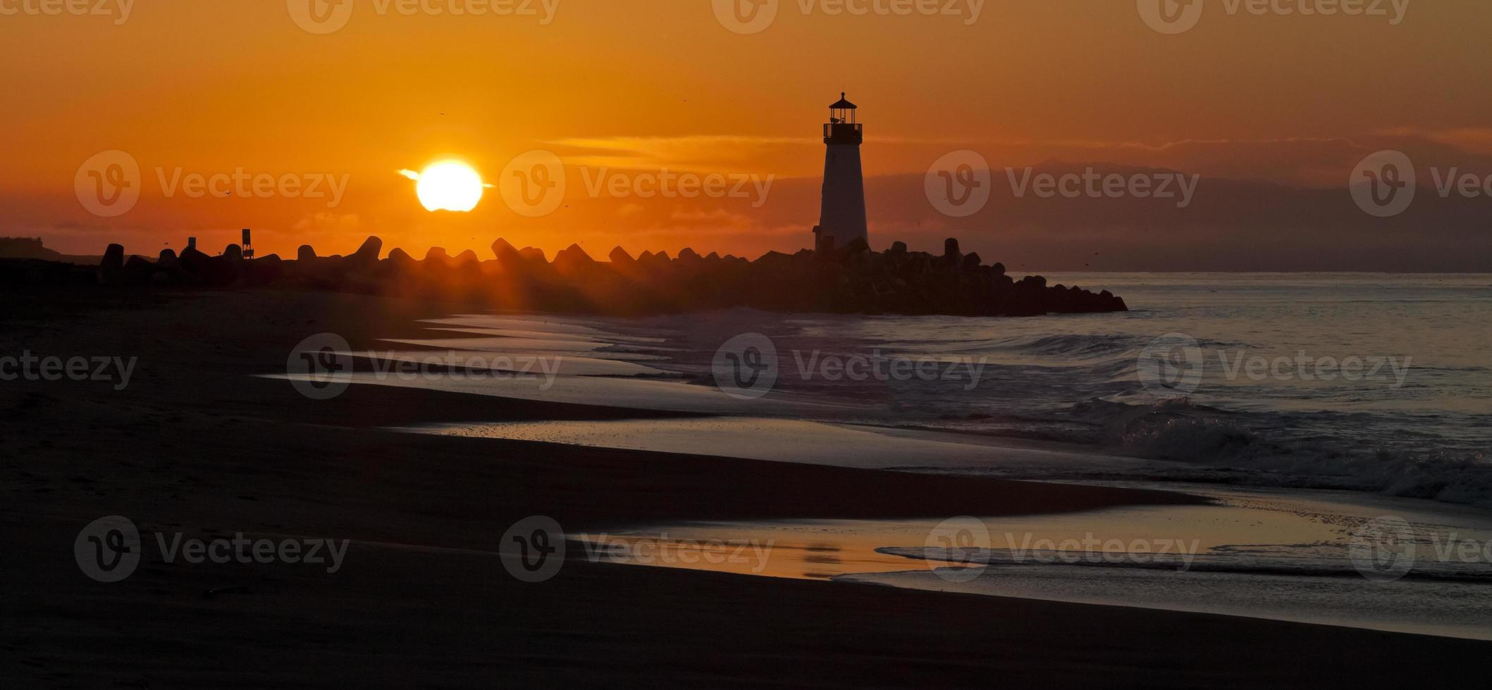 Santa Cruz Walton Lighthouse in the morning photo