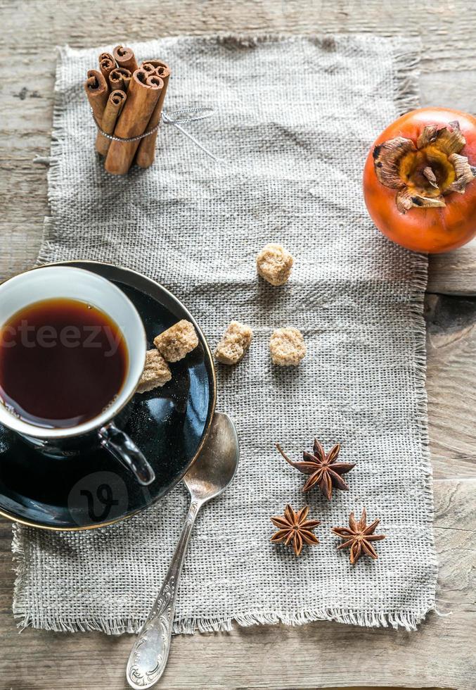 té de frutas con especias foto