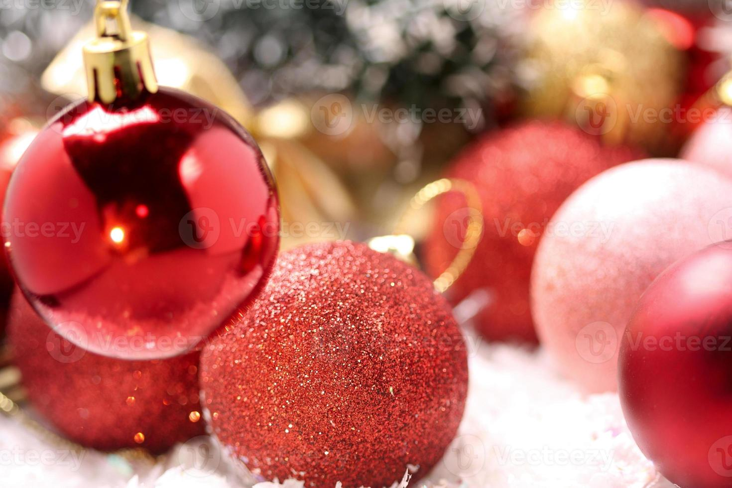 christmas-tree decoration photo