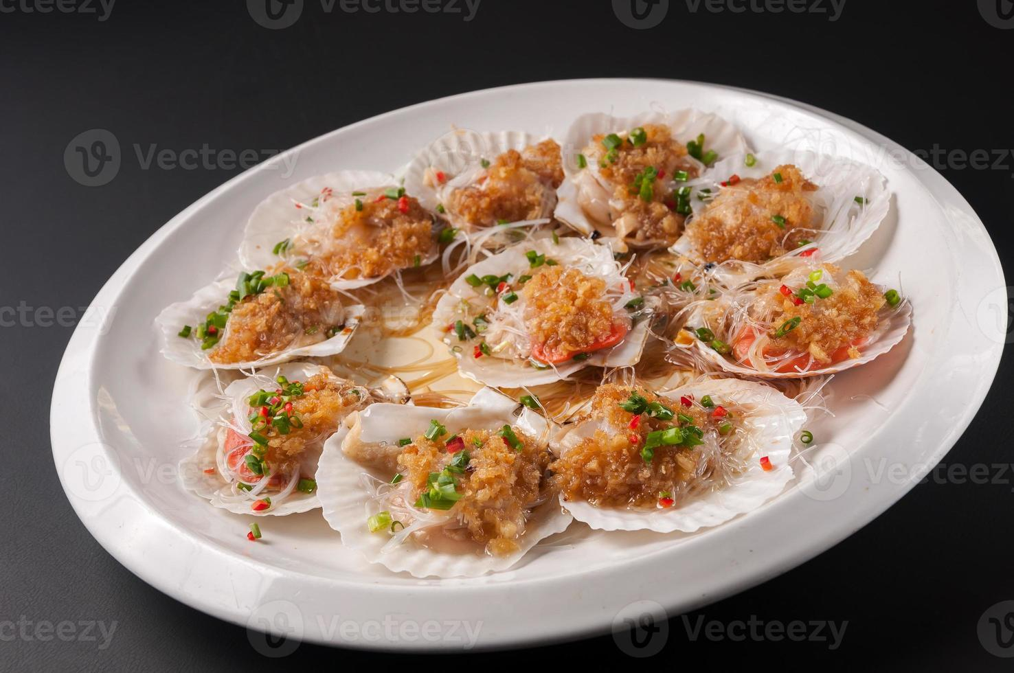 Scallop in Shell garlic fans steamed photo