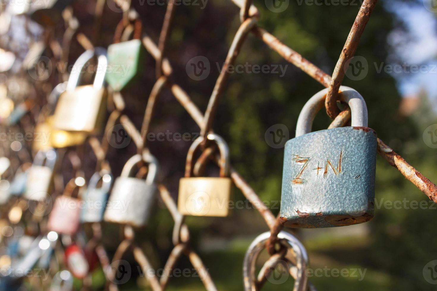 cerradura de amor deseo de amor eterno foto