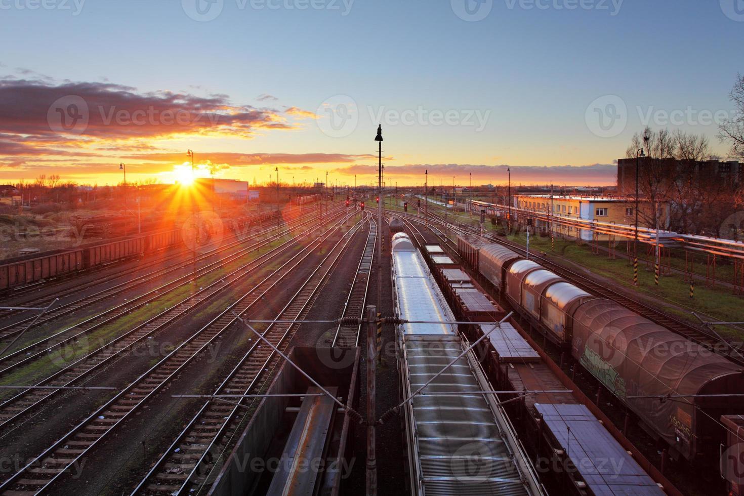 trenes de carga y ferrocarriles foto