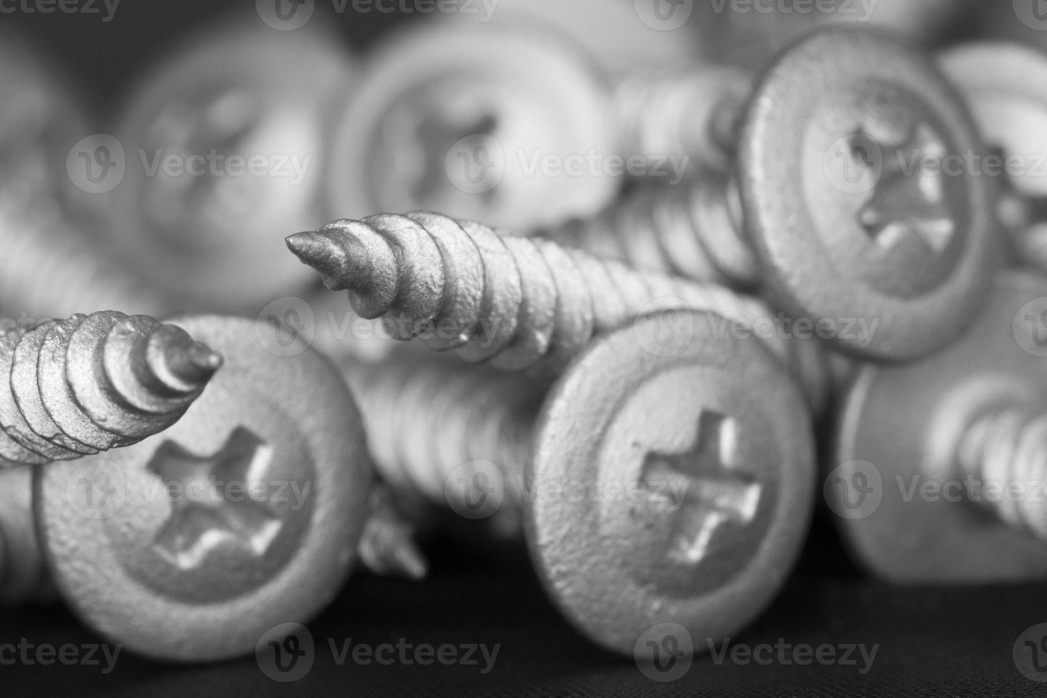 apilados de tornillos foto