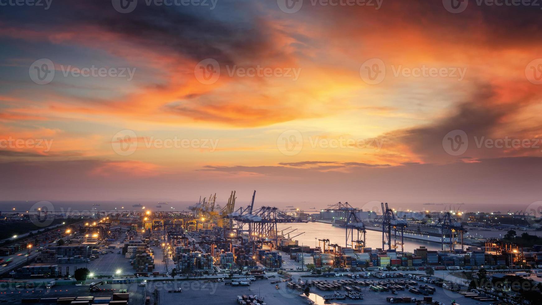 Container Cargo photo