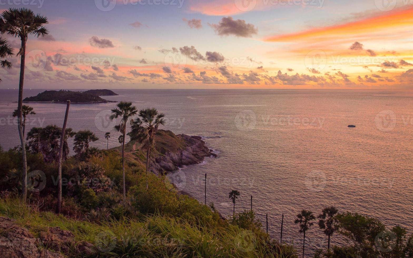 promthep cape, provincia de phuket de tailandia foto
