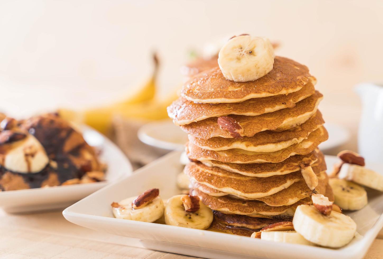 panqueques de plátano y almendras foto