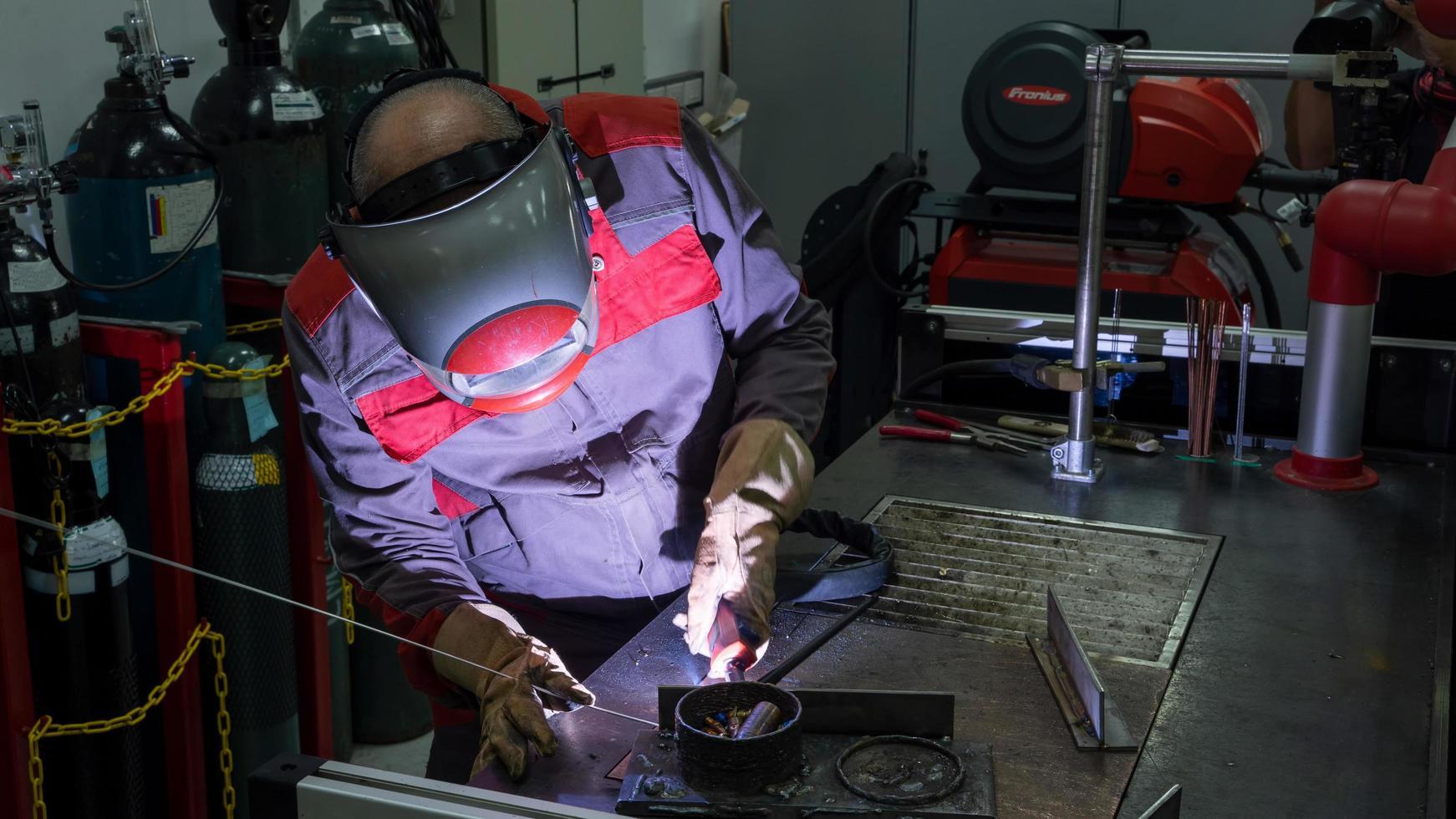 Gas tungsten arc welding  photo