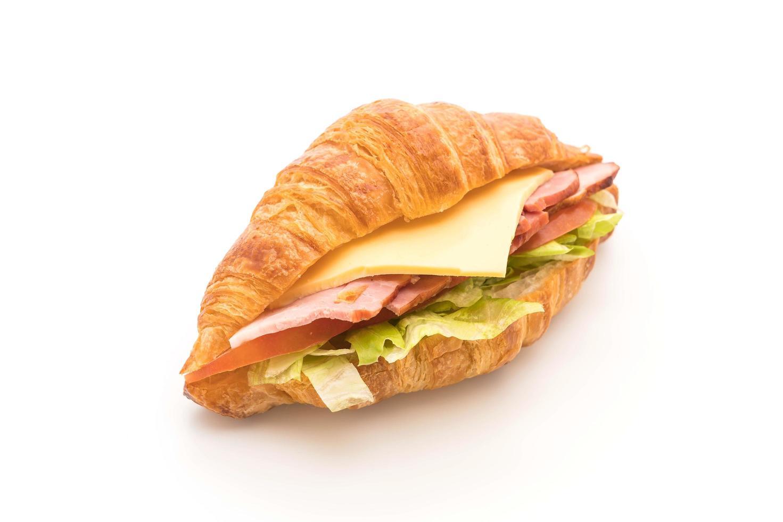 vista lateral del sandwich de croissant foto