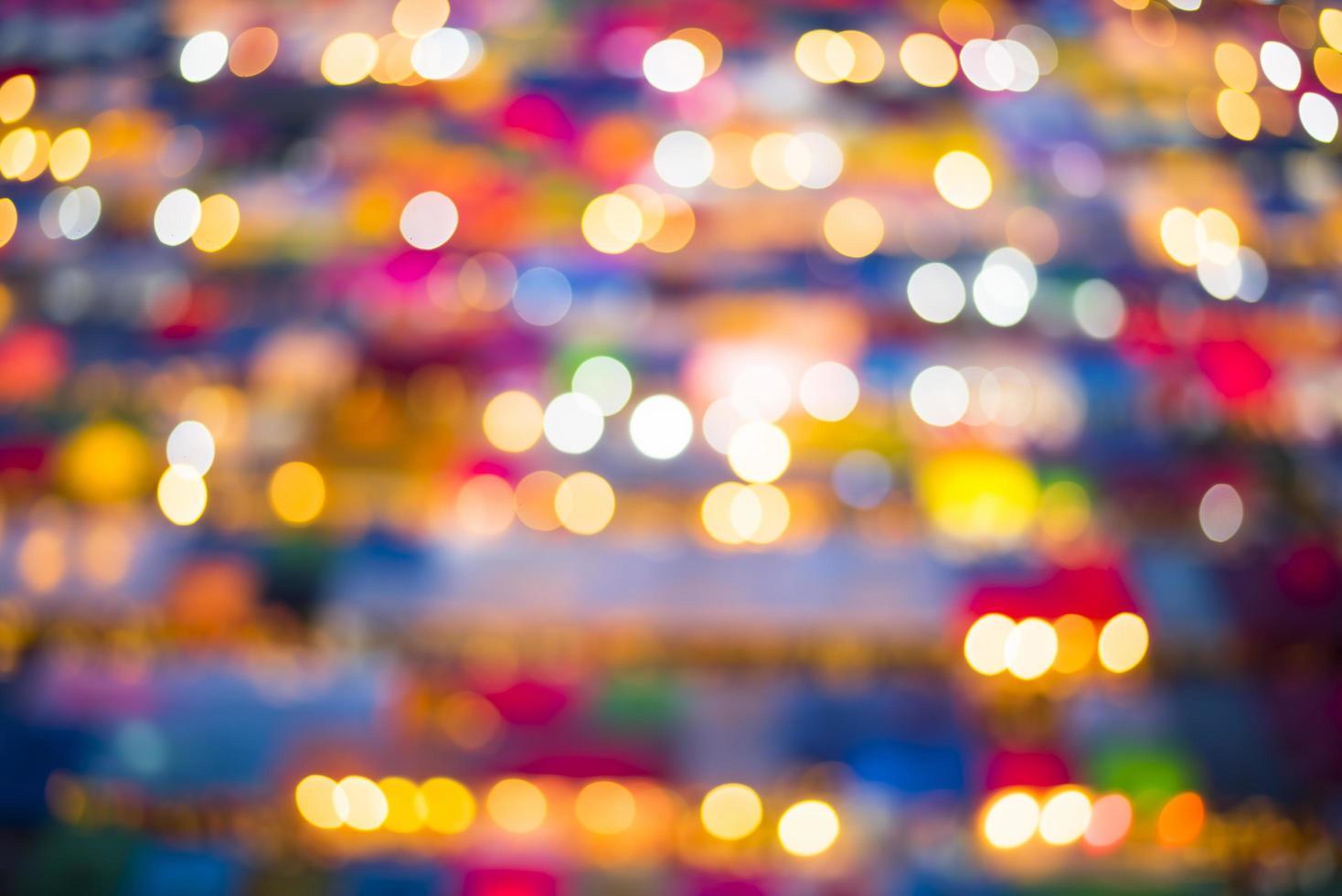 bokeh colorido en la noche foto