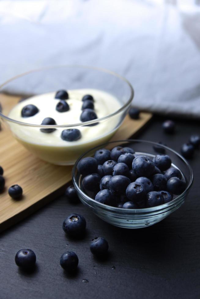 Blueberries and yogurt photo