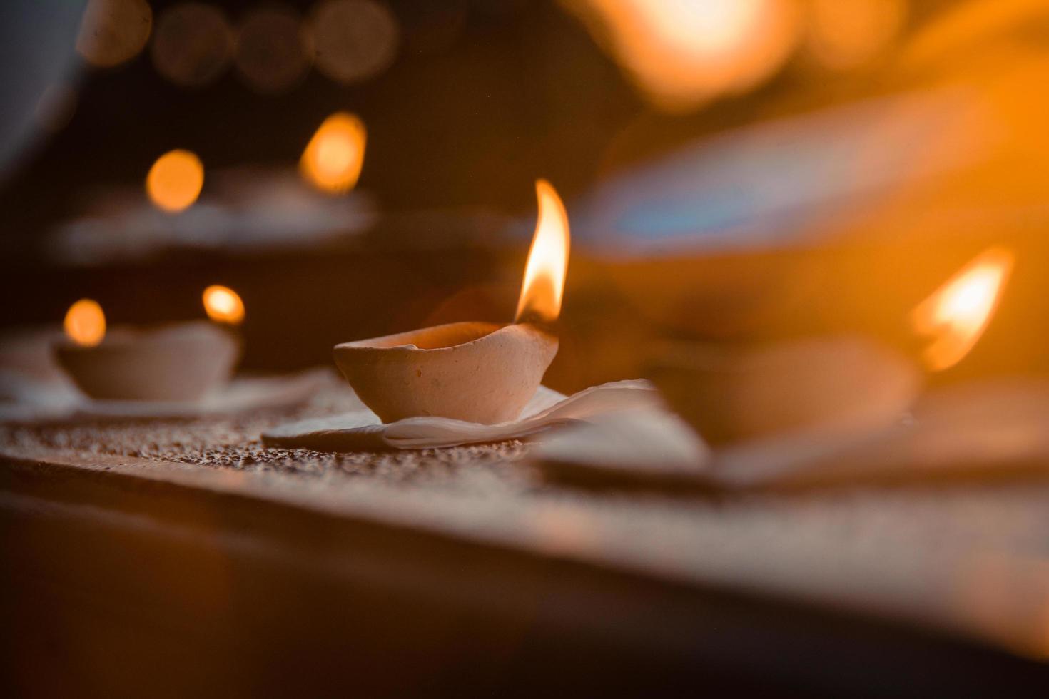 velas encendidas encendidas foto