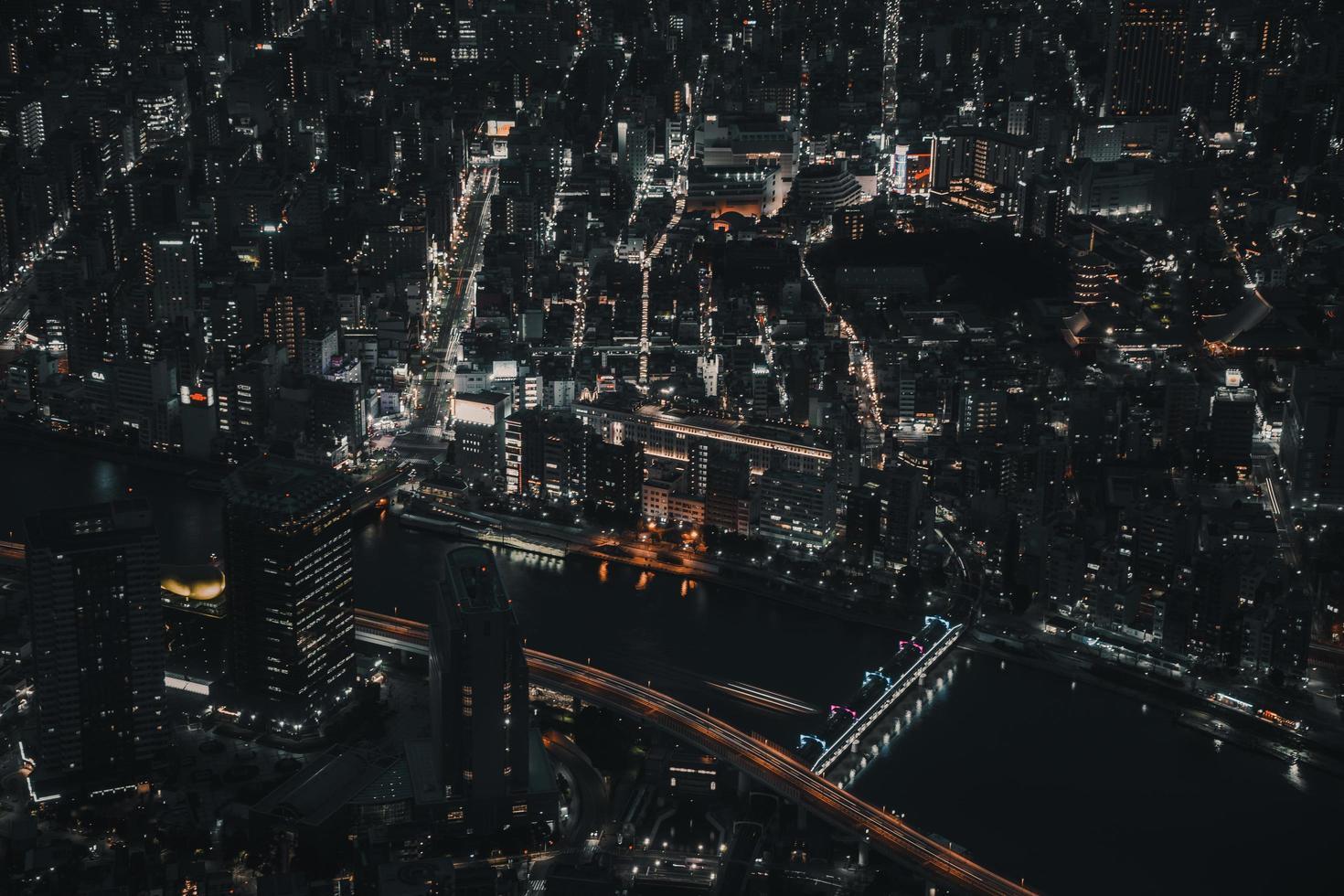 foto aérea de edificios de la ciudad