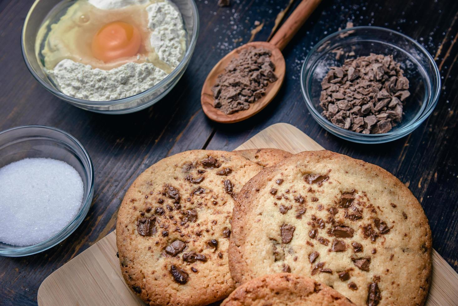 Chocolate chip cookies with ingredients photo