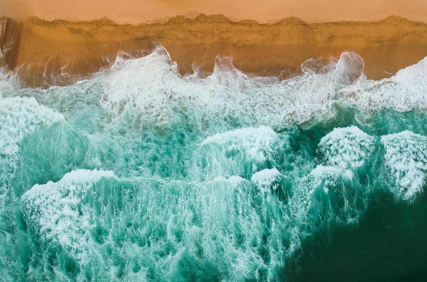 Sea waves crashing photo