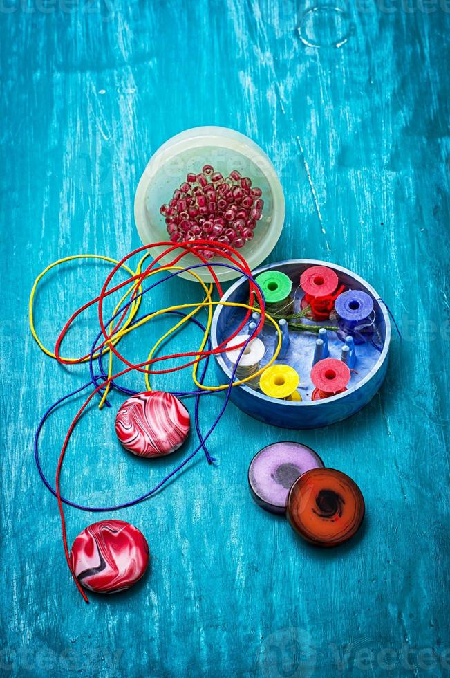 crafts with beads photo
