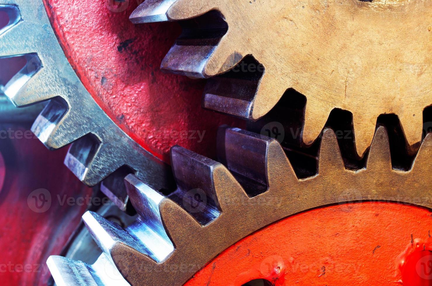El piñón de la máquina mecánica en la fábrica. foto
