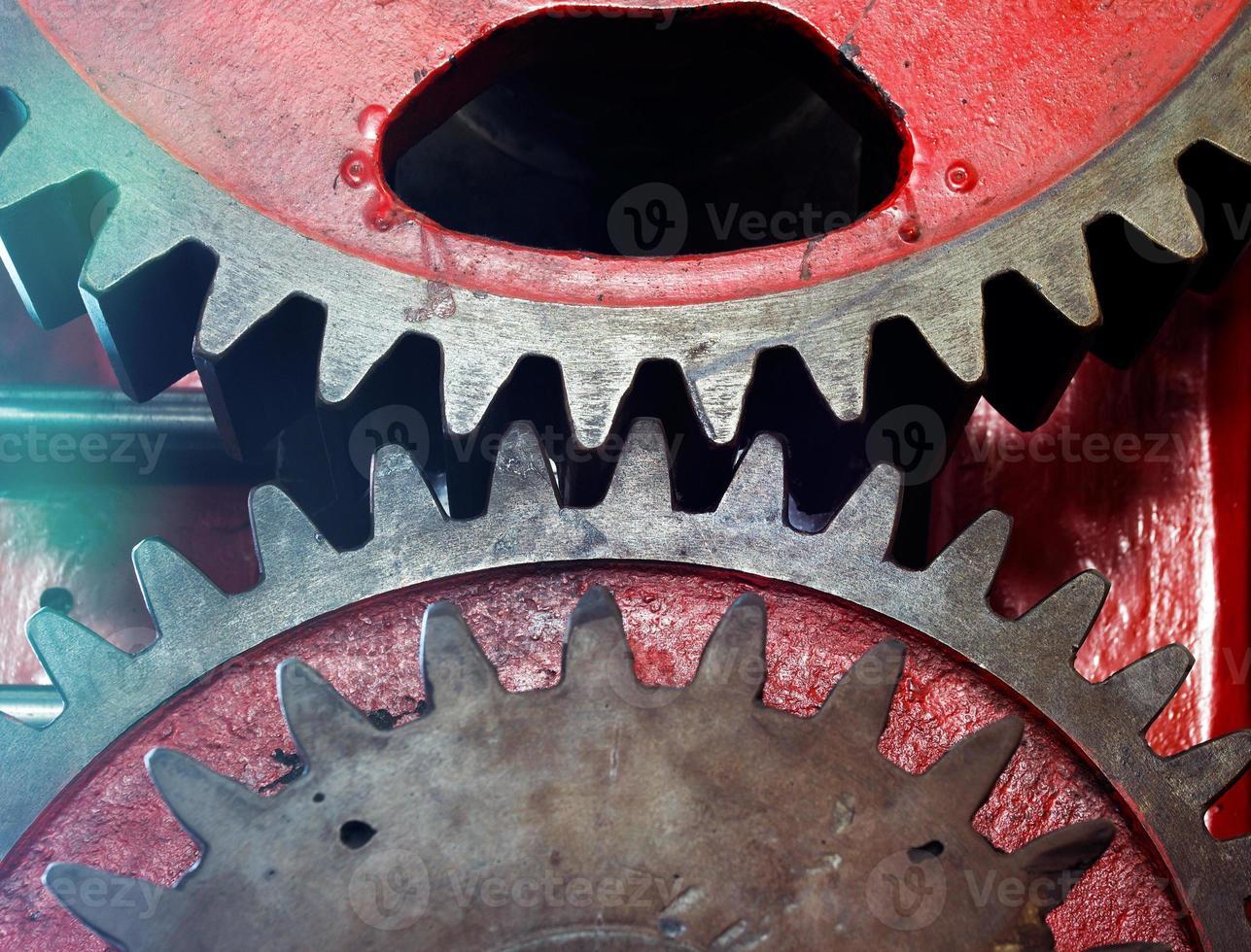 Piñón de la máquina mecánica en una fábrica. foto