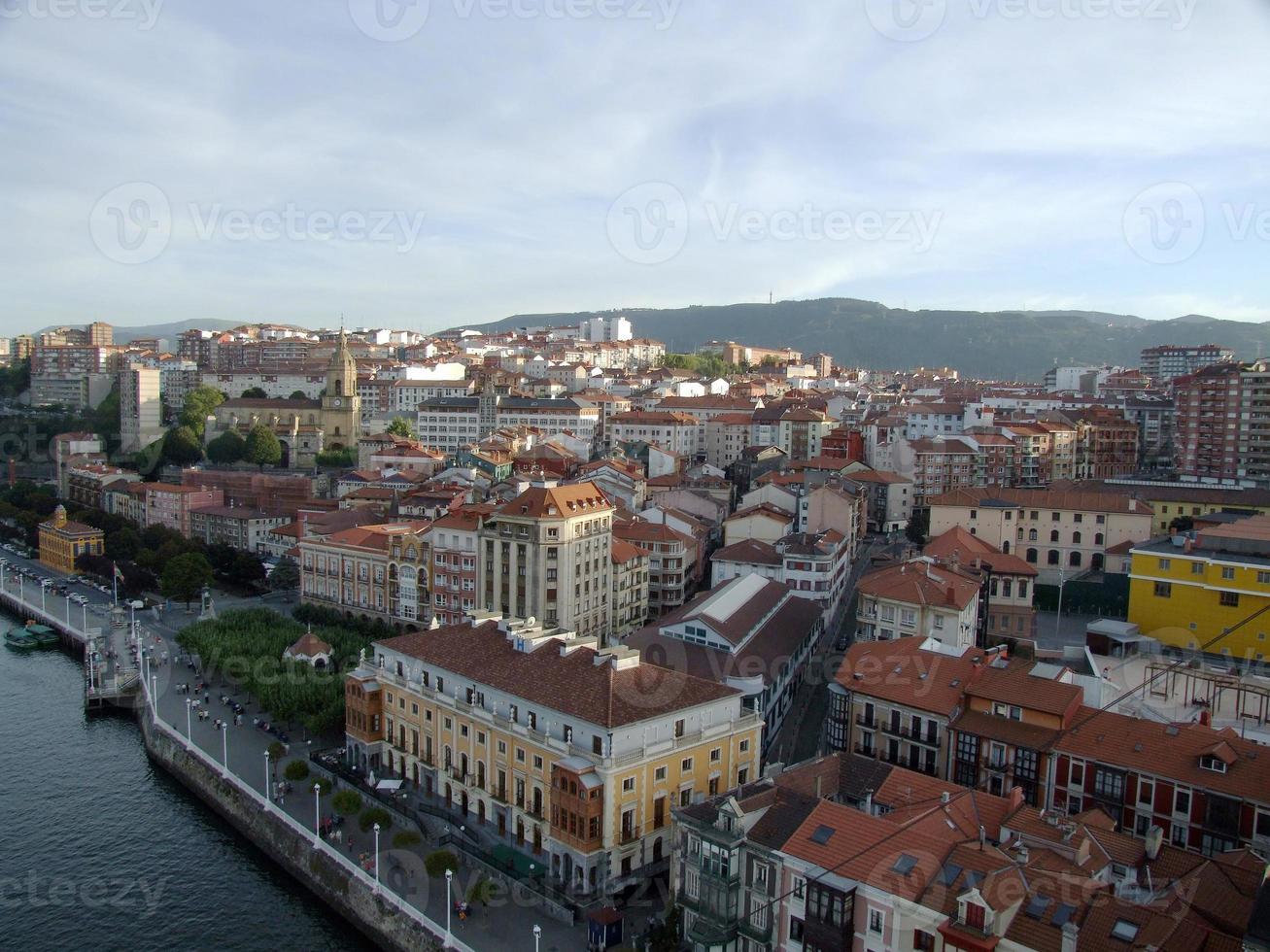 el pueblo de portugalete en bilbao foto