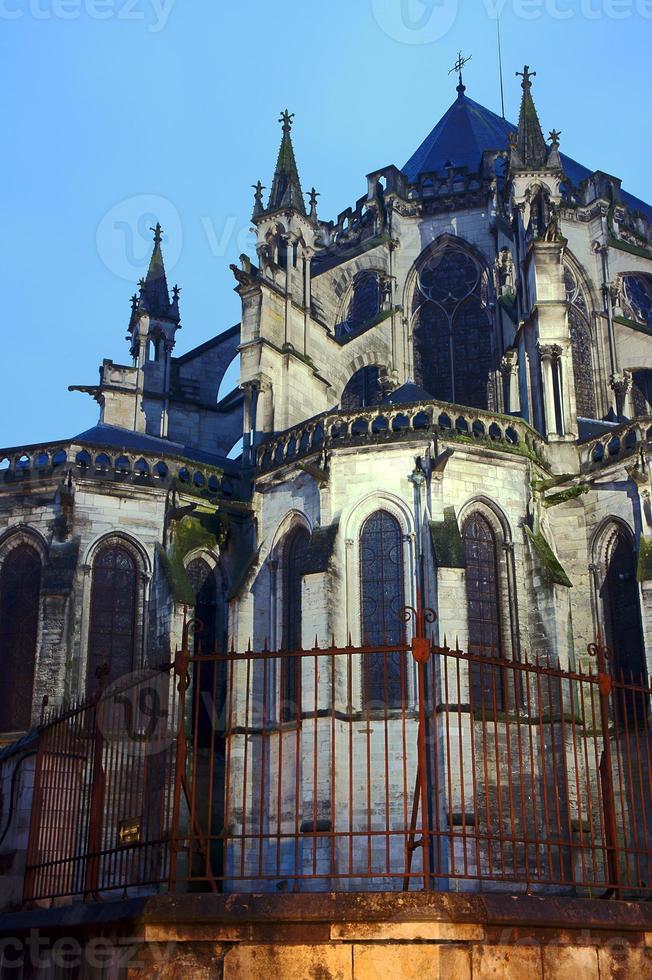 iglesia decoracion gótica urbana foto