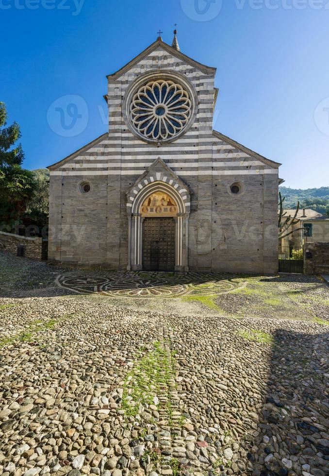 basílica de fieschi foto