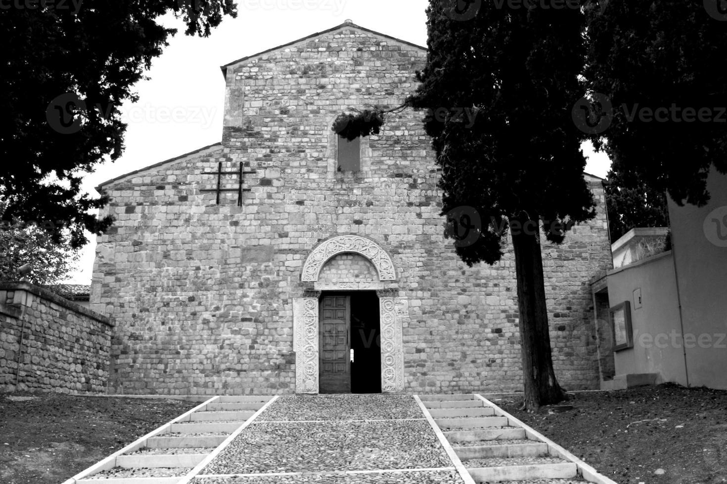 iglesia de san clemente al vomano foto