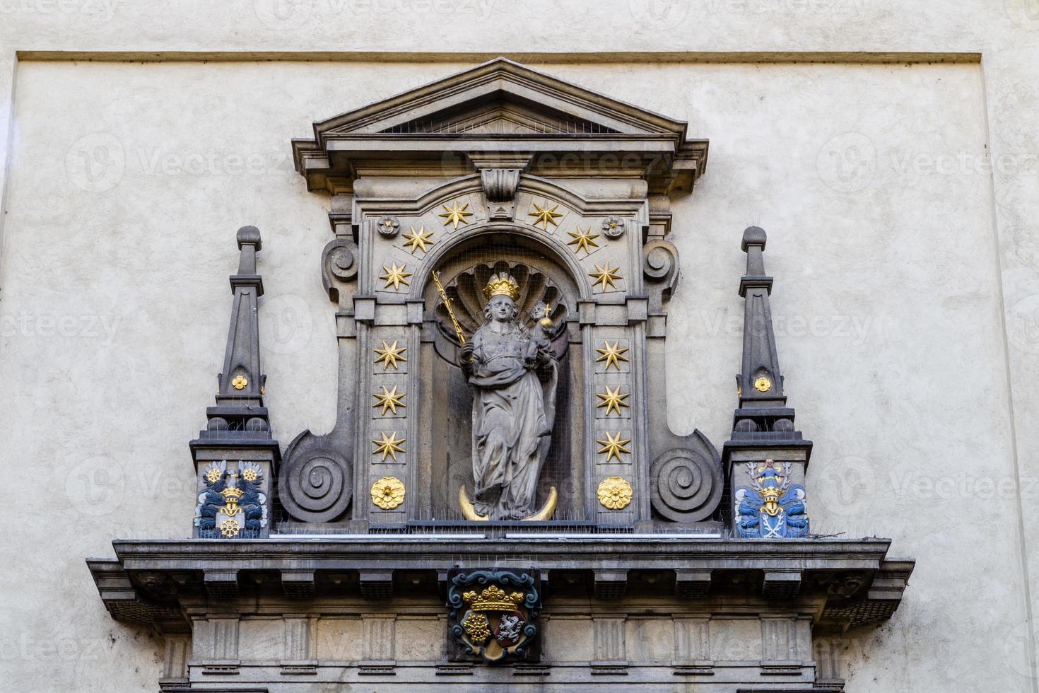 iglesia de nuestra señora victoriosa en mala strana foto