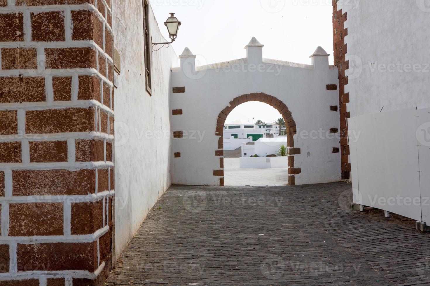 Lanzarote pueblo blanco de Teguise en Islas Canarias foto