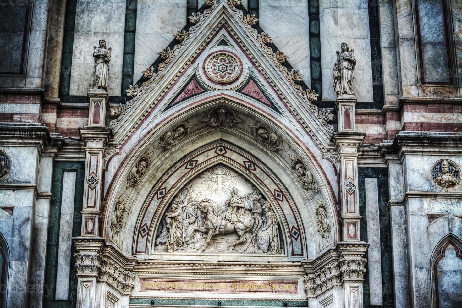 Detalle de la fachada de la catedral de Santa Croce foto