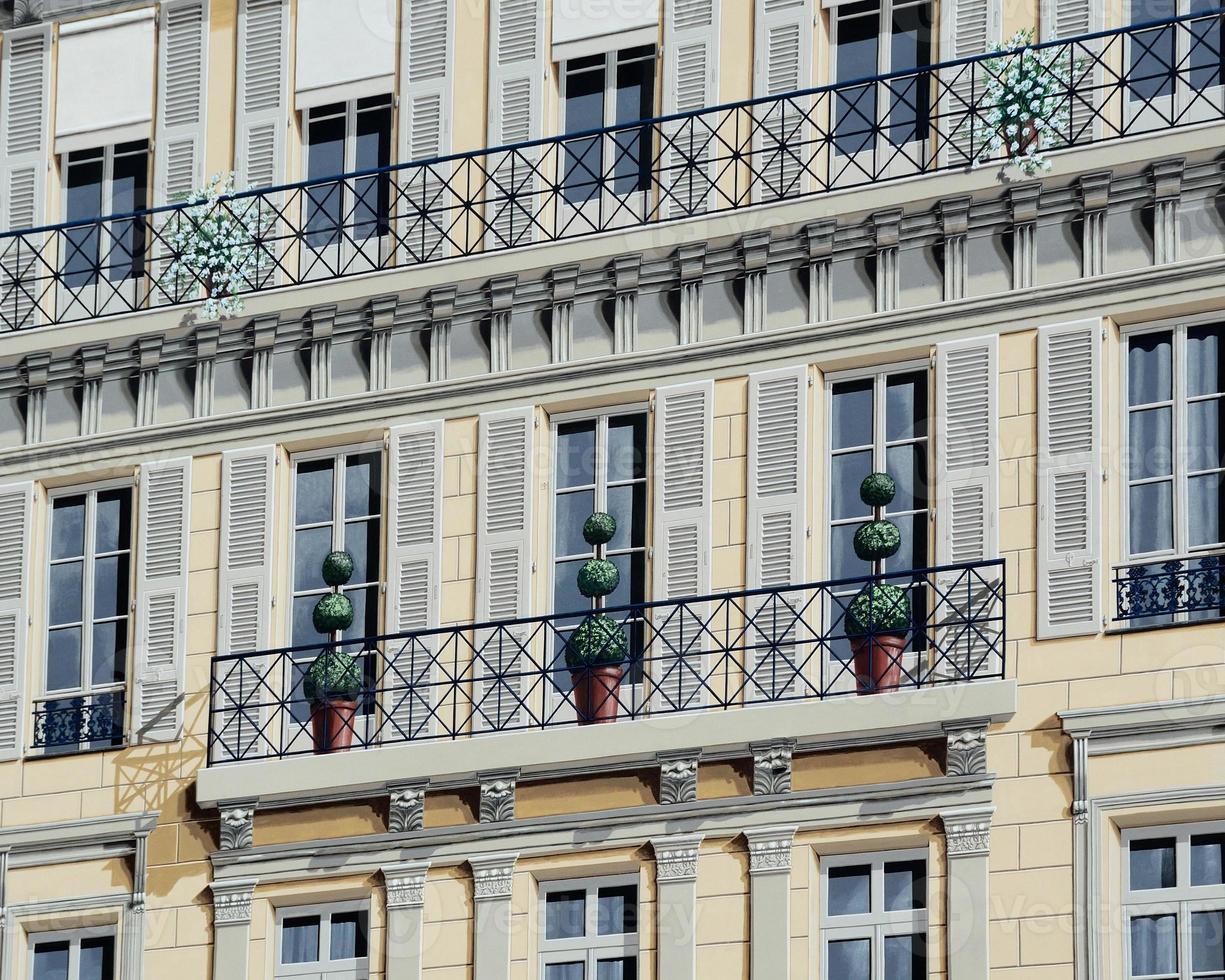 fachada pintada, niza, riviera francesa, francia foto