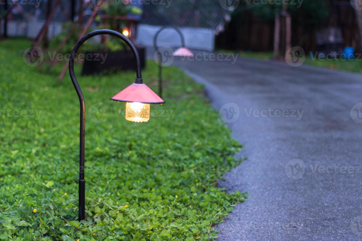 walkway lighting photo