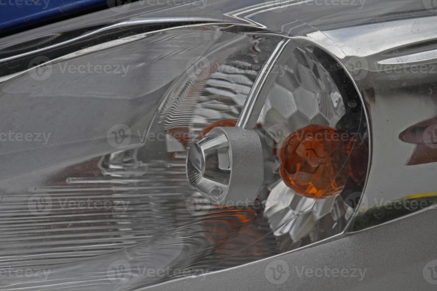 lámpara de cabeza de un coche foto