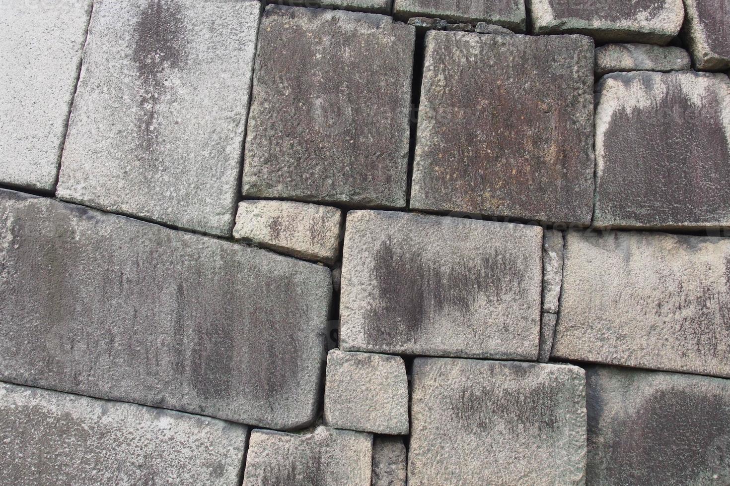 muro de piedra del castillo foto