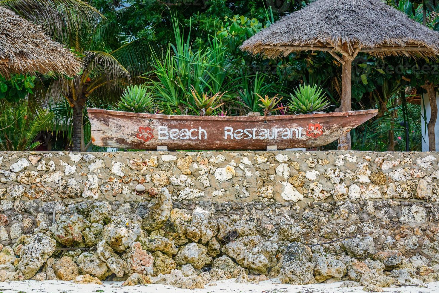 cartel de restaurante de playa foto