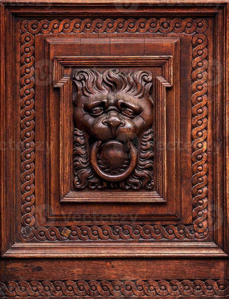 Decoración Madera Tallado Con Cabeza De León