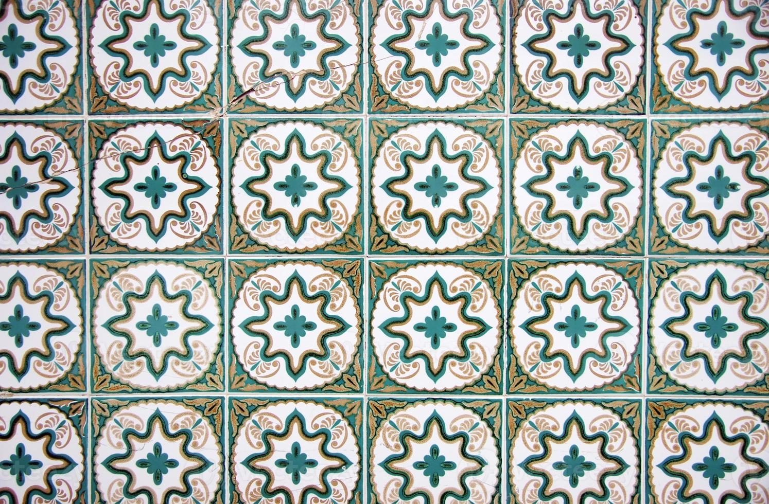 Detalle de azulejos portugueses. foto