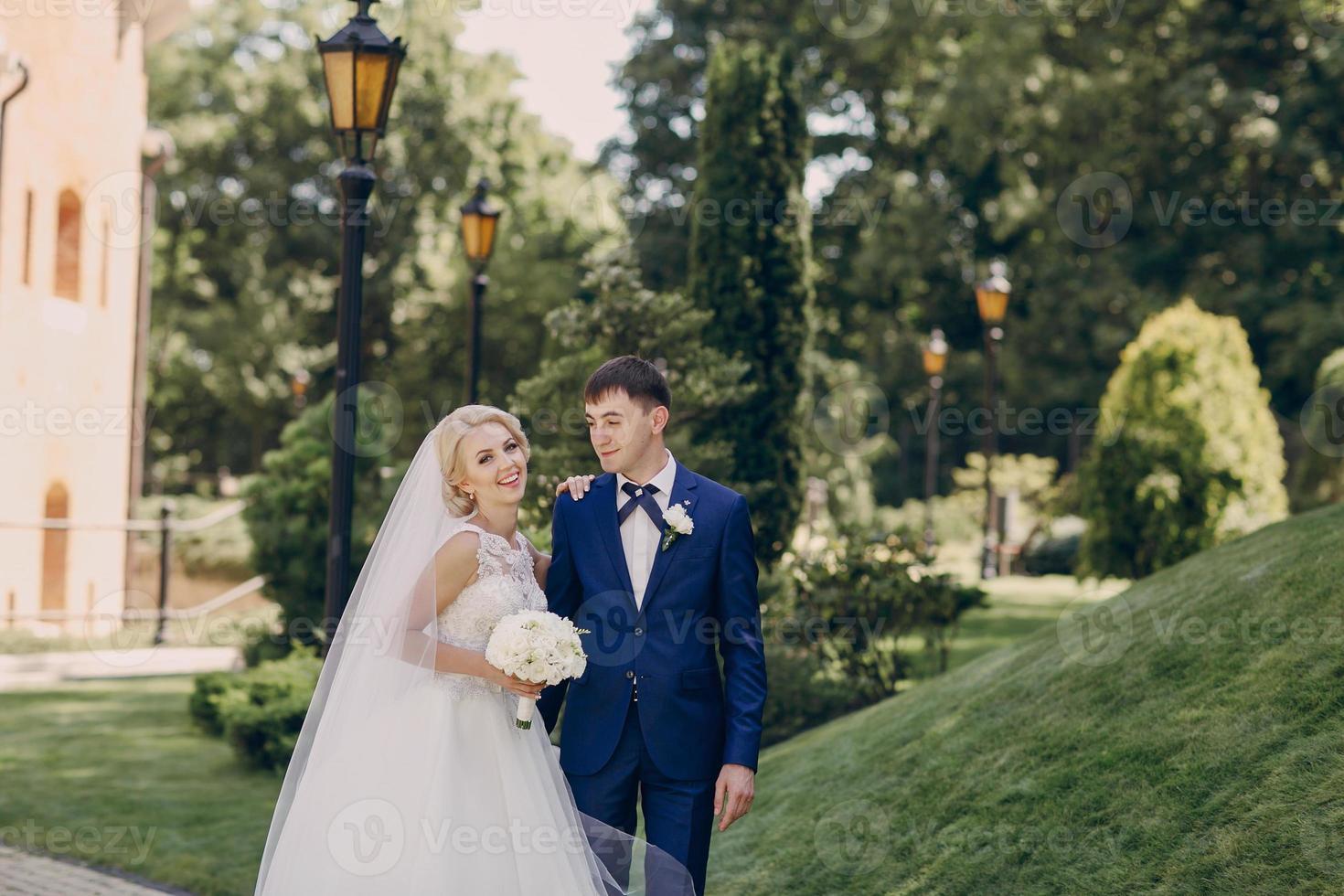 wedding sunshine day photo