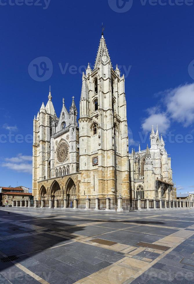 catedral de leon, españa foto