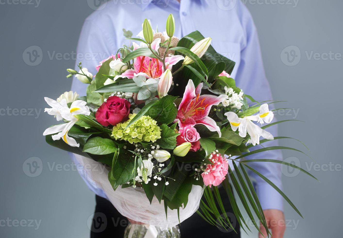 Bouquet of flowers photo