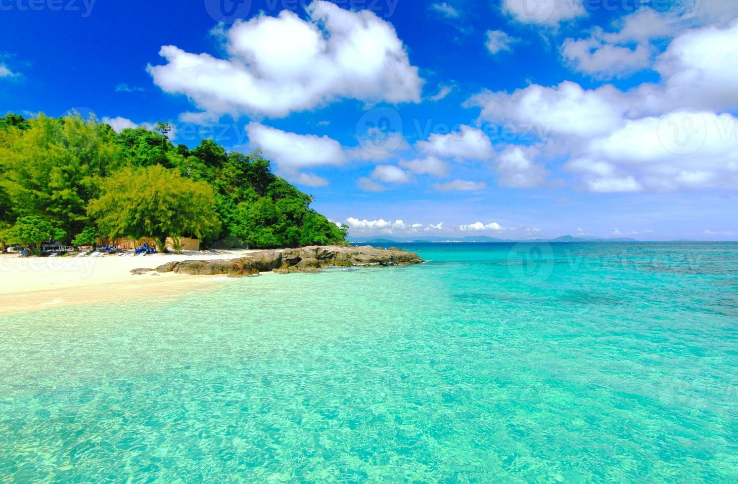 Paradise beach in Koh maiton island , phuket ,Thailand photo