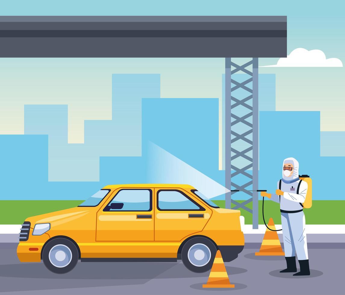 Trabajador de bioseguridad desinfecta taxi para covid 19 vector