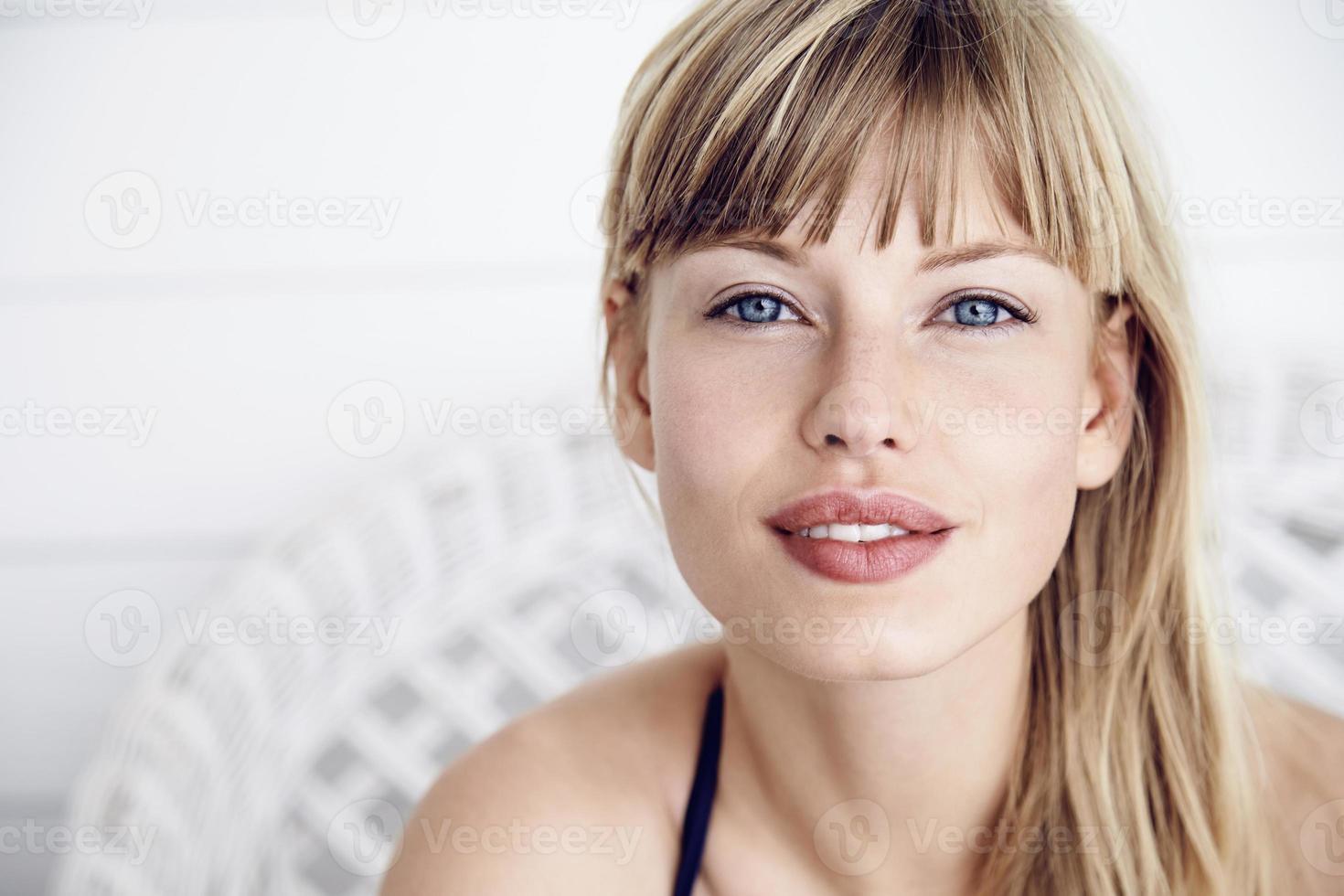 Beautiful woman in portrait photo
