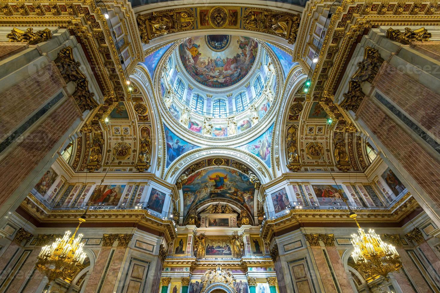 Interior of Saint Isaac's Cathedral in Saint Petersburg photo