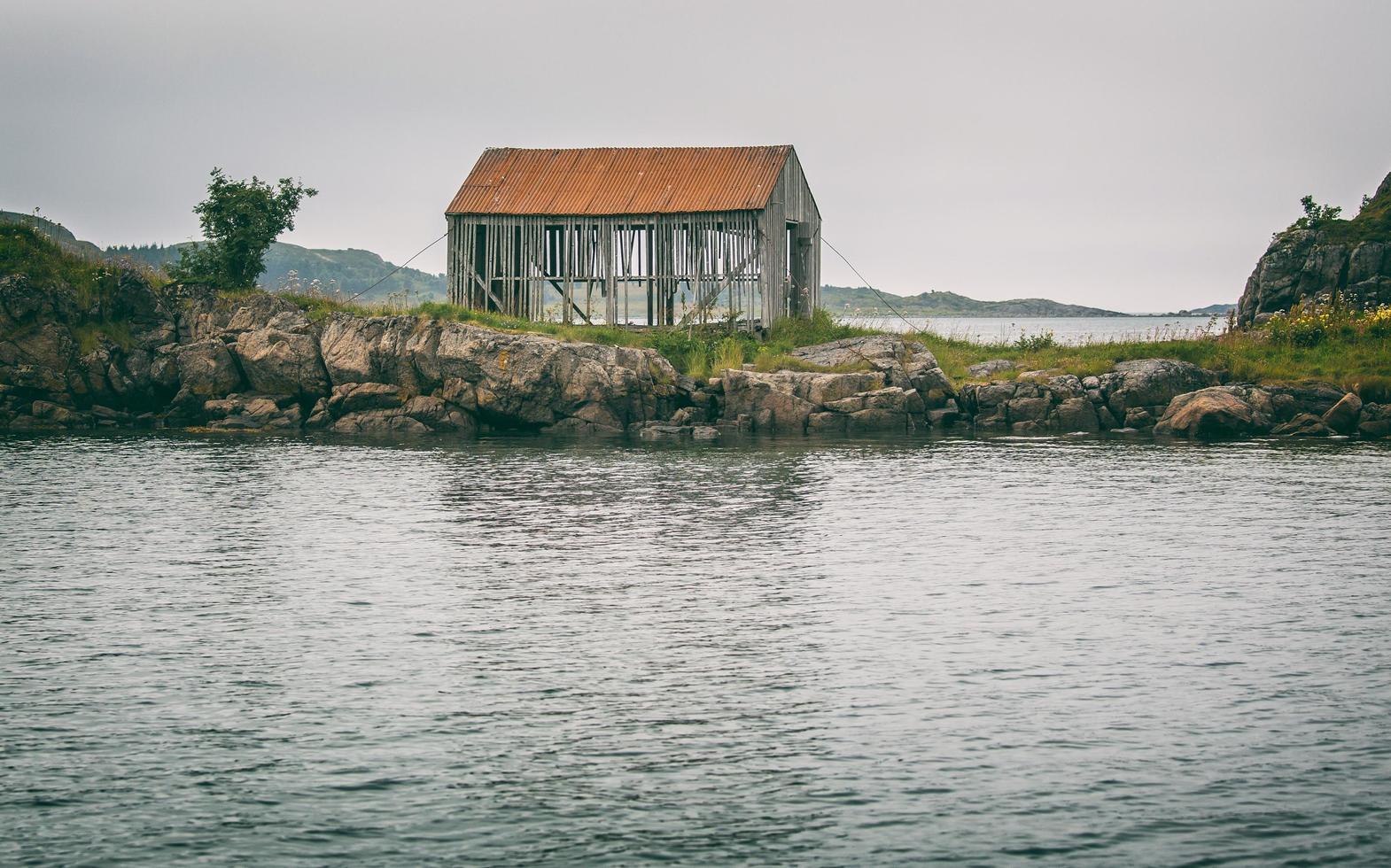 maison grise vidé photo