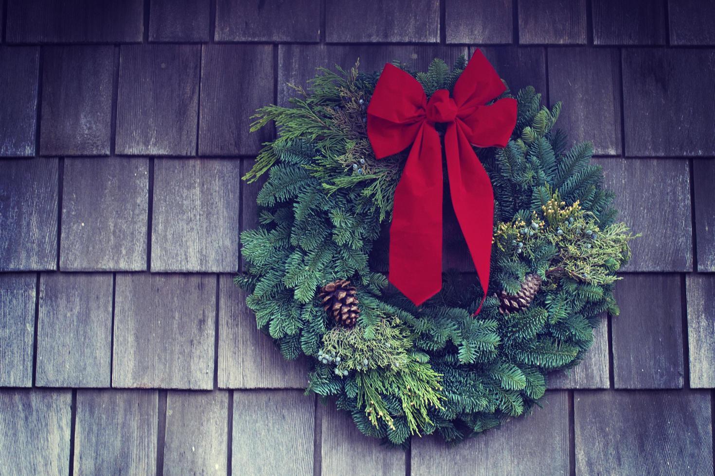 Wreath mounted on wall photo